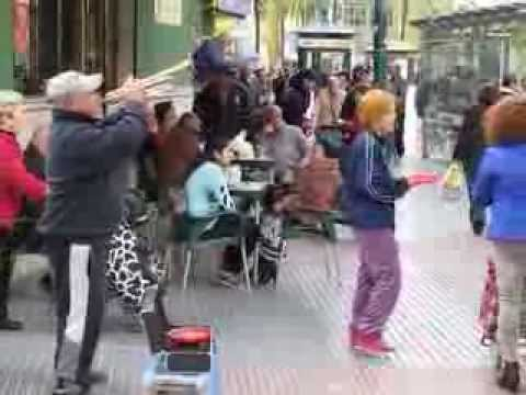 Spanish street trumpet music in Malaga Huelin : Historia de un Amor