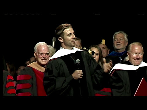 Alex Smith Delivers the 2014 Commencement Address