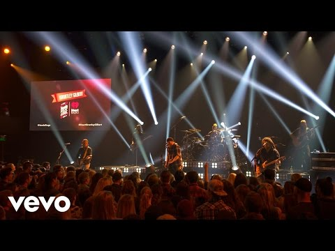Brantley Gilbert - Dirt Road Anthem (Live on the Honda Stage at iHeartRadio Theater LA)