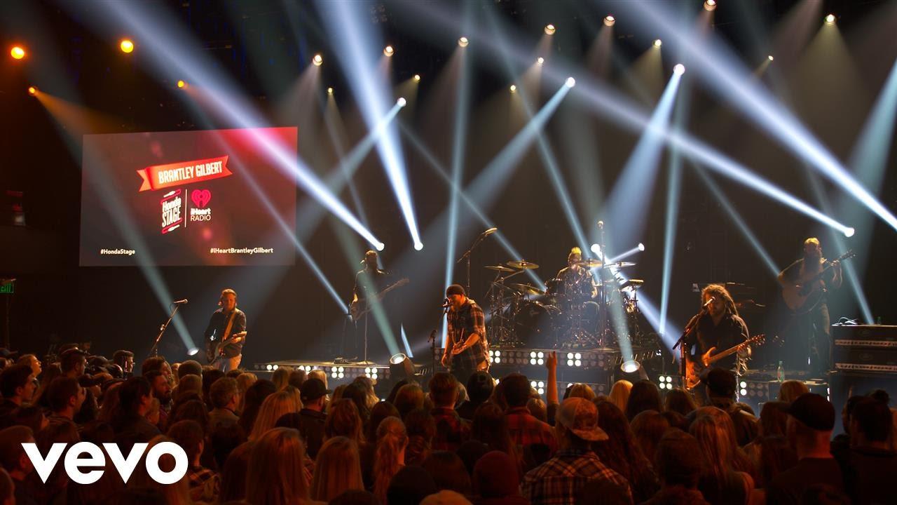 brantley-gilbert-dirt-road-anthem-live-on-the-honda-stage-at-iheartradio-theater-la-brantleygilbertvevo