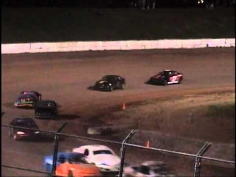 Oshkosh Speedzone Raceway - May 18, 2012 Dirt Devil Feature