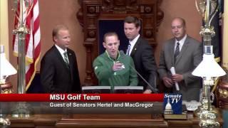 Sen. MacGregor welcomes the MSU golf team to the Michigan Senate