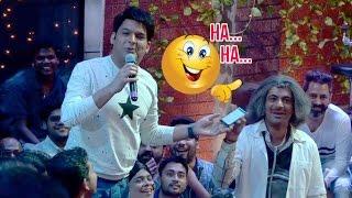 Kapil Sharma and Sunil Grover Trolling Media on The Kapil Sharma Show