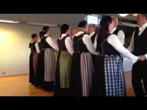 Icelandic Dancing