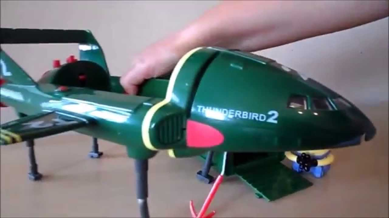 Car Sound Effects >> The Vintage British Thunderbird 2 Toy with Pod and sound effects - YouTube