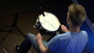 Tuning Your Snare Drum - Drum Lesson (DRUMEO)