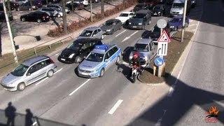FuStW Autobahnpolizei Hamburg VS Süd im Stadtverkehr