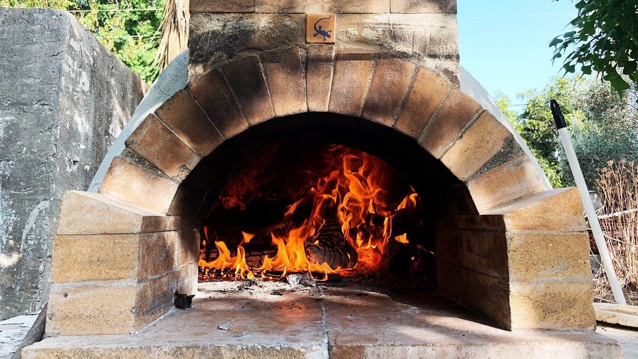 How To Build A Wood Fired Pizza Oven 2016 Youtube