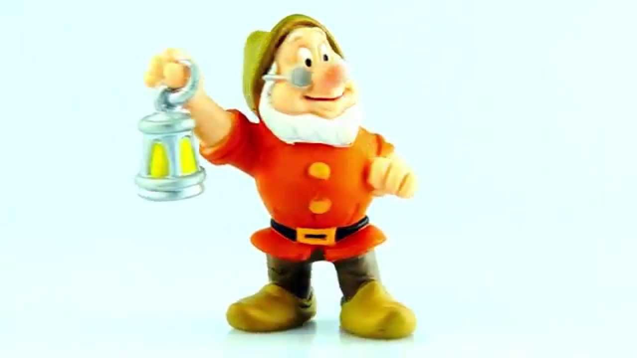 Toys That Start With E : Miniatura mestre branca de neve e os sete anões disney