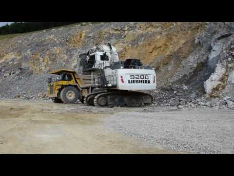 Liebherr R9200 mining excavator in Germany.
