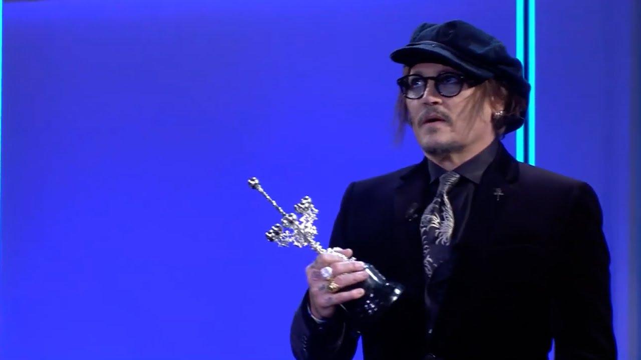 Download Johnny Depp recibe el Premio Donostia tras la polémica