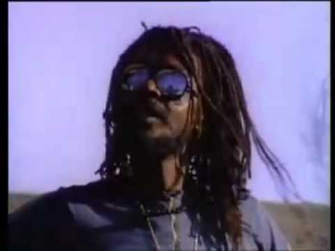 Peter Tosh - Johnny Be Goode.