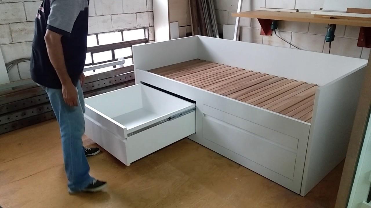 Cama de solteiro que se transforma em cama de casal youtube for Sofa que vira beliche