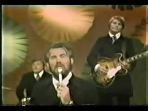 Kenny Rogers  & The First Edition  Ru Dont Take Your Love To Town