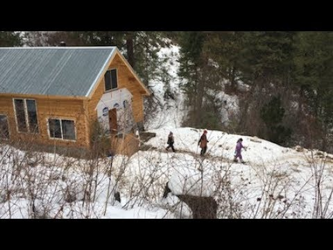 Download Youtube: Little House in Winter