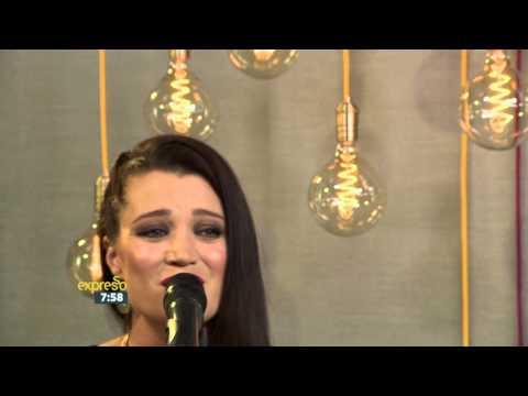 """Nádine performs """"Skildery"""" LIVE!"""