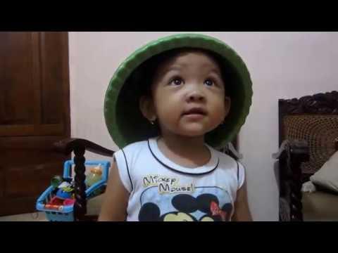 Topi Saya Bundar by Anindya Chandraningtyas
