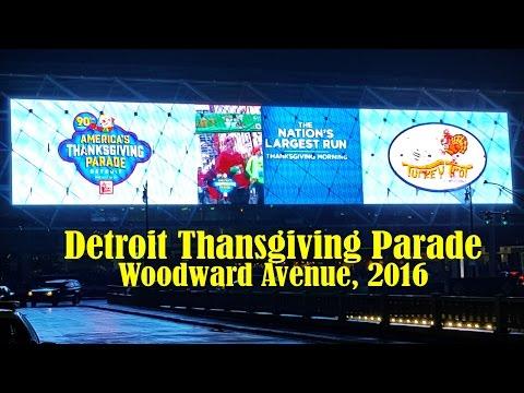 Detroit Thansgiving Parade 2016 from Campus Martius