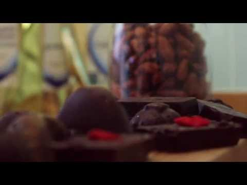 How to make Raw Chocolate with Indigo Herbs