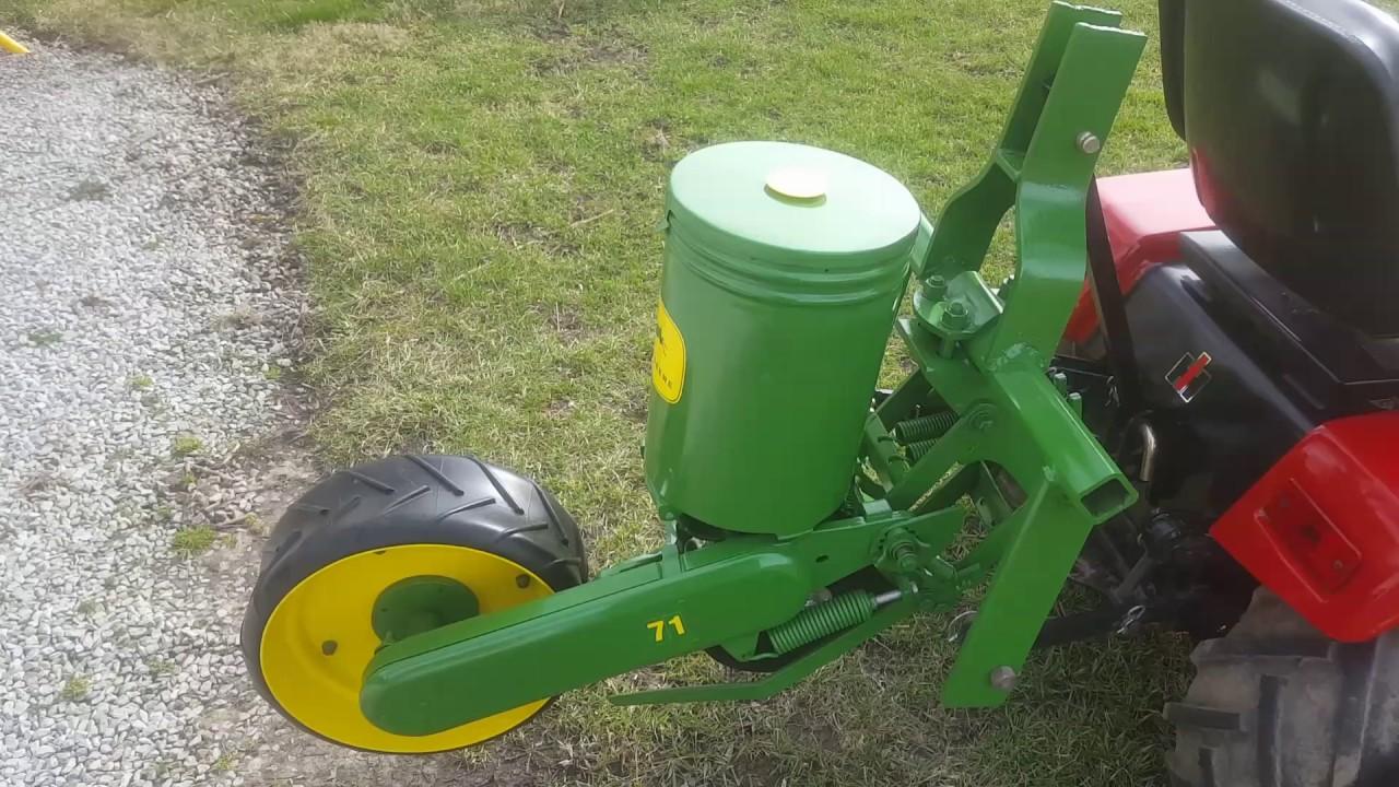 John Deere 71 Planter On Mini Ih 5288 Youtube