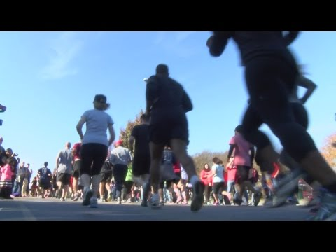 Reindeer Dash For Cash Sunday In Uptown Greenville