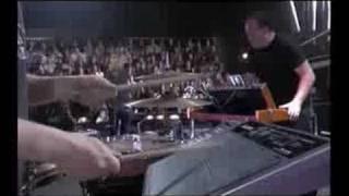 Portishead Live at La musicale (FRENCH TV) - 07 Machine Gun