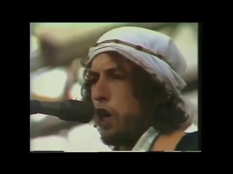 Bob Dylan (Captioned) Shelter from the Storm 'live '76'