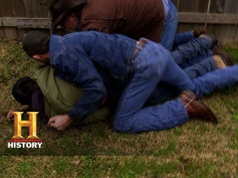 Download Big Rig Bounty Hunters:The Holdens Chase a Truck Thief (S2, E10) | History