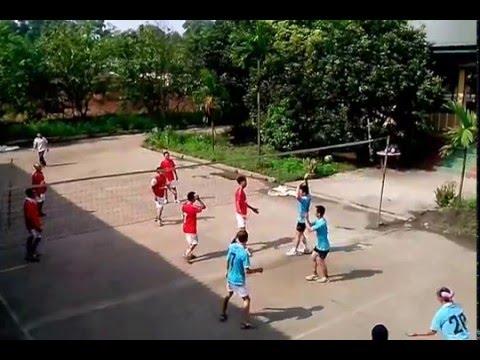 Trận bóng chuyền đỉnh cao