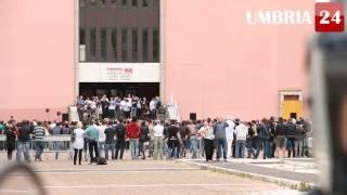 Videoreportage: Salvini a Perugia tra scontri, contestazioni e saluti romani