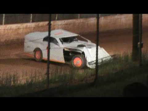 602 OWM at East Lincoln Speedway 5 13 17