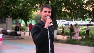 Концерт ко Дню Победы в Белгороде. Дом Офицеров - 9 мая 2013. Поёт Александр Михайлюта