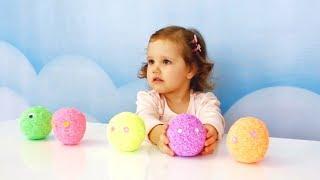 Детские,развивающие игры Смешные заводные животные открываем разноцветные шары игрушки сюрпризы.