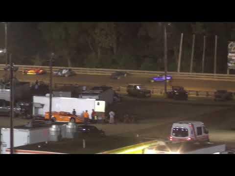 Hagerstown Speedway UCAR crash 9 16 2017