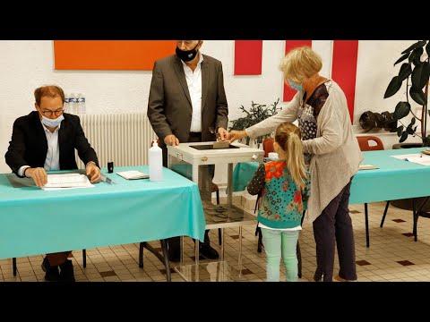 تواصل تصويت الناخبين في الانتخابات الإقليمية بمدينة ليل شمال فرنسا  - نشر قبل 2 ساعة