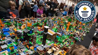LEGO® Minecraft - Largest LEGO® Videogame Diorama- Guinness World Records
