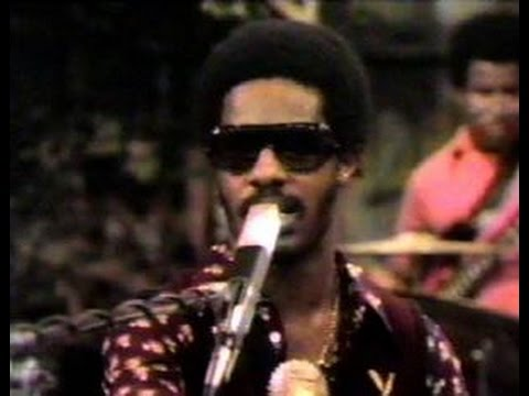 Classic Sesame Street - Stevie Wonder Visits