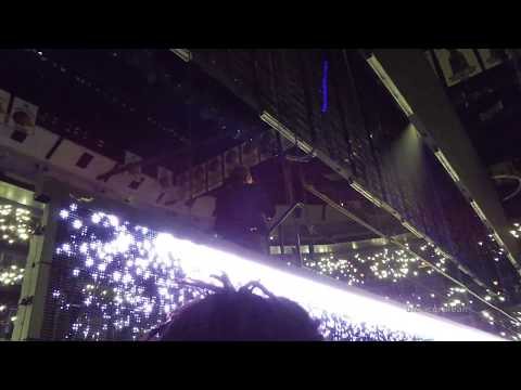 Bono falls down stairs - U2 in Chicago