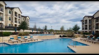 Luxury Apartment in Stone Oak | Competitive Pricing & Specials