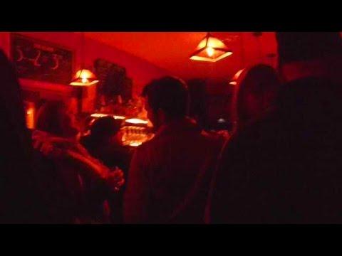 Live music at the Shanachie Pub in Willits, California