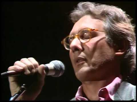 Enzo Jannacci - Quelli che ( Live @RSI 1986)