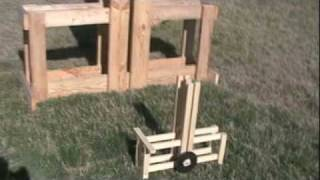 Mini Floating Arm Trebuchet (guillotine)