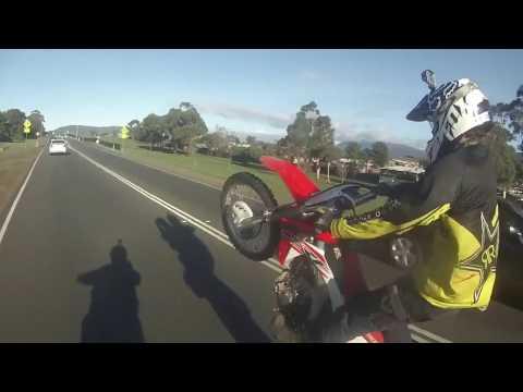 Go Pro Wheelies Vs Tas Police 2 (Bandits)