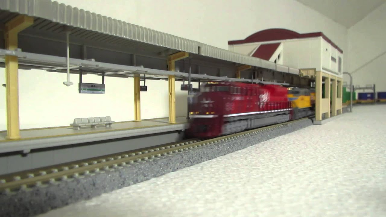 Kato N Scale Unitrack Double Track Layout 2