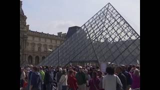 在因过度拥挤问题暂时闭馆后 卢浮宫于周三重新开放