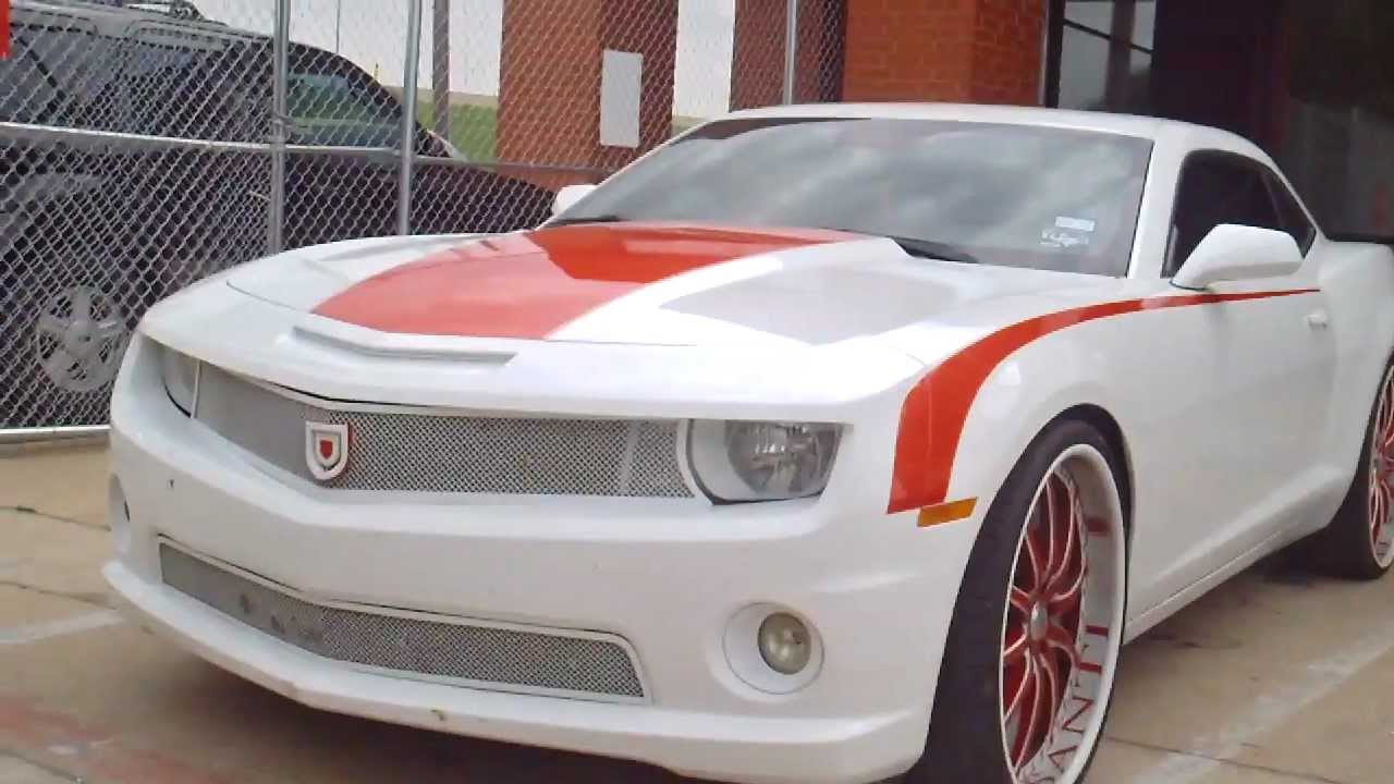 White An Red Camaro Wheels An Grilled Up Dirty But