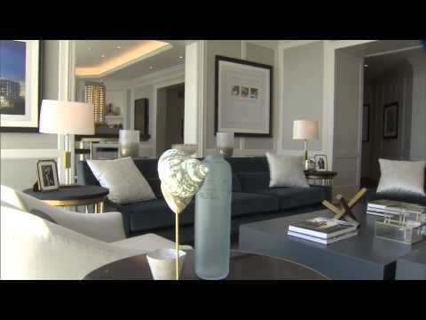 Brian Gluckstein designs a living room using blue