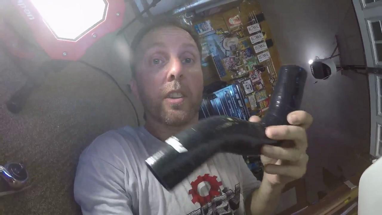 Видео смотреть бесплатно порно хаха шланги фото 184-411