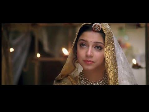 Mujhe Pyar Do Mujhe Pyar Do - Ab Tumhare Hawale Watan Saathiyo (2004) Full Video Song