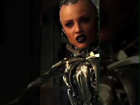 Eiza González - Alita Battle Angel Diciembre 21 en cines